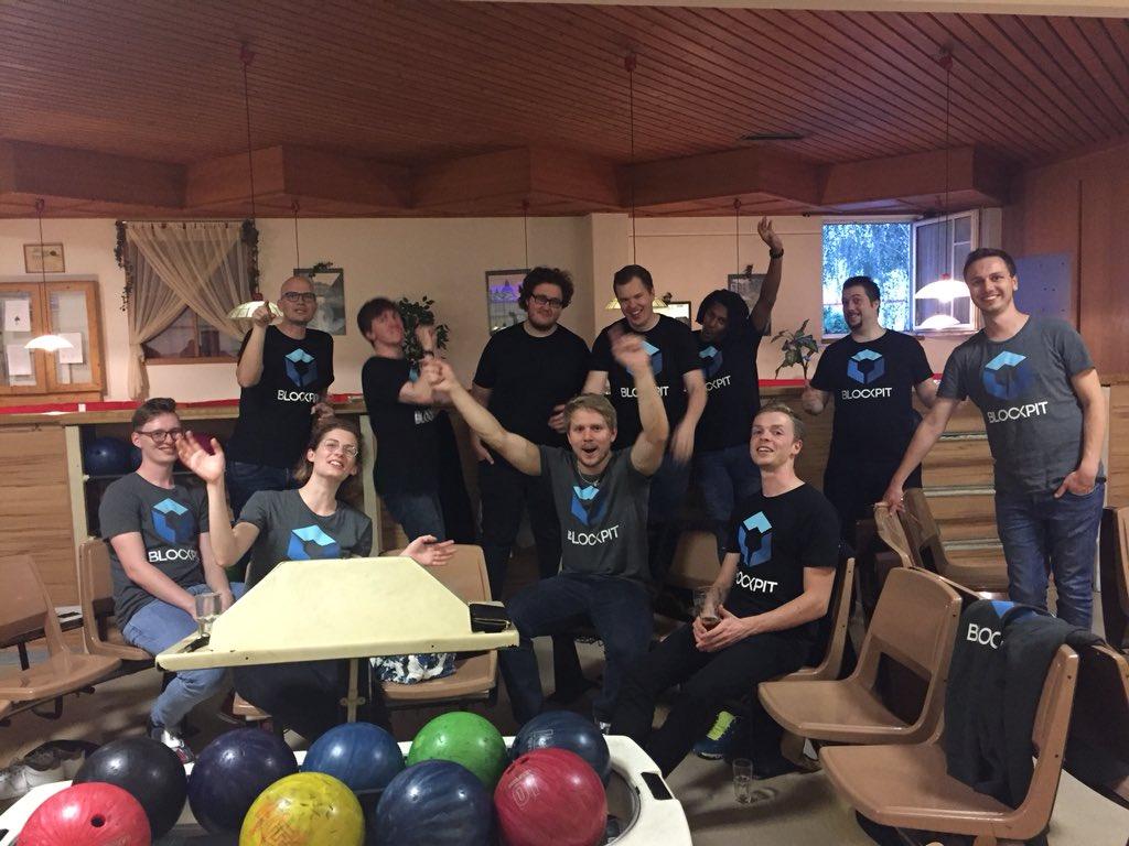Das Blockpit-Team beim Bowling